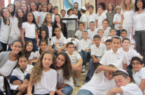 """ילדי בית הספר שקד מבקרים בסליחות קהילת אחוות רעים תשע""""ד"""